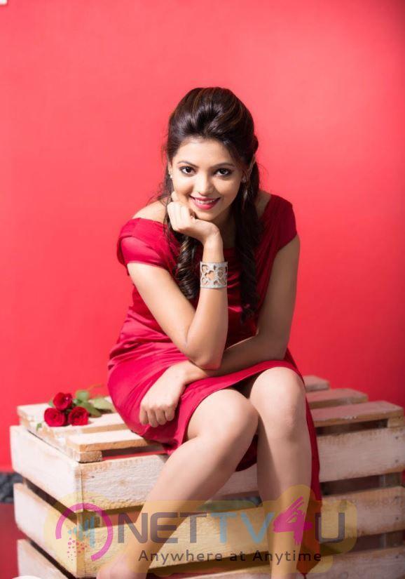Actress Athulya Good Looking Stills