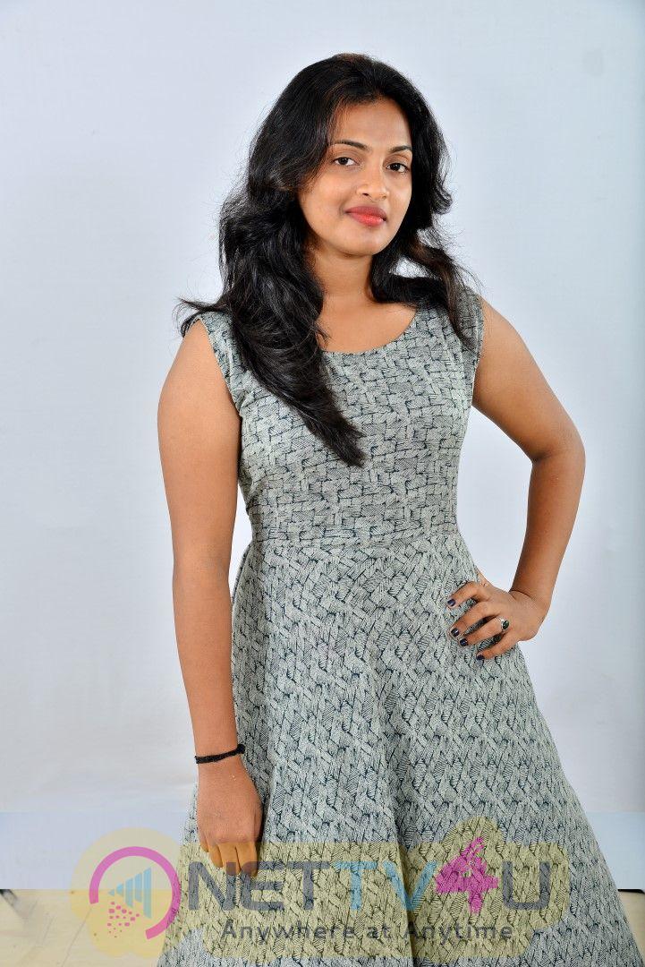 Actress Meenakshi Charming Stills