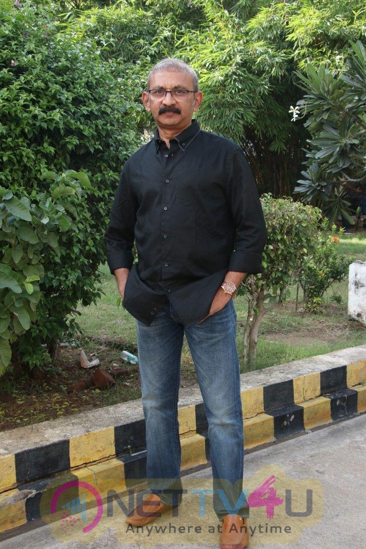 Kaatrin Mozhi Movie Press Meet Pics