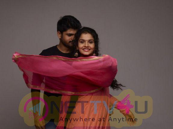 Metro Telugu Movie stills and Excellent Working images
