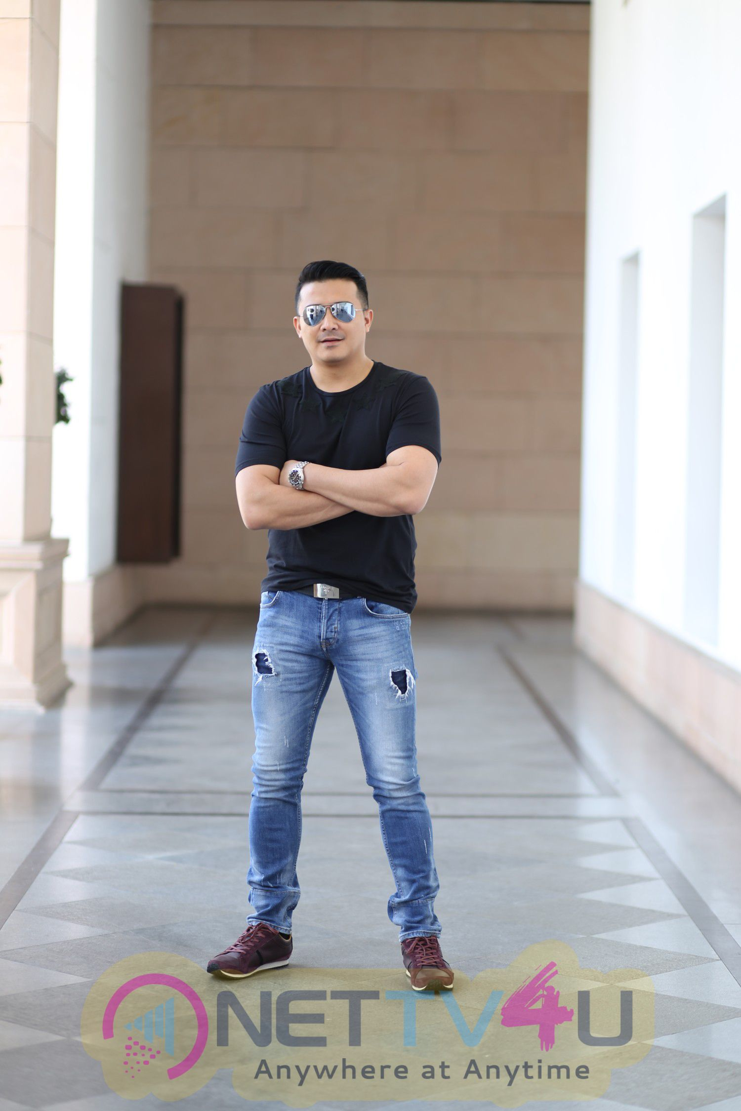 Singapore Actor Joins TIK TIK TIK Crew