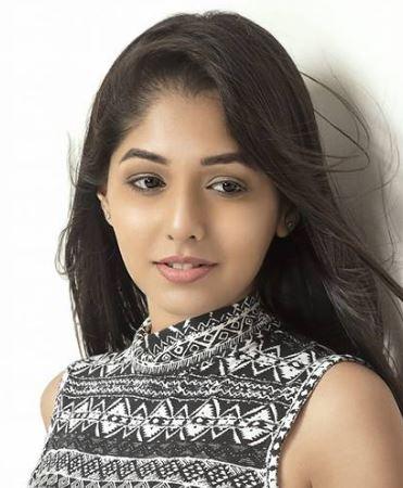 Minoli Nandwana Hindi Actress