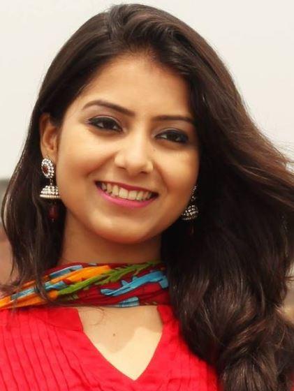 Surbhi Pandey Hindi Actress