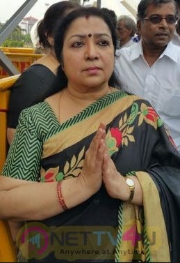 Actress Latha Supports OPS!