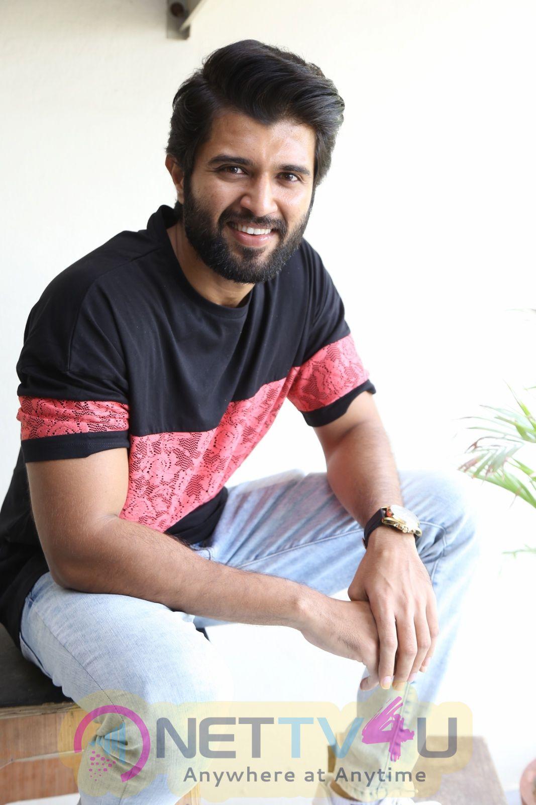 Actor Vijay Deverakonda Handsome Stills Telugu Gallery