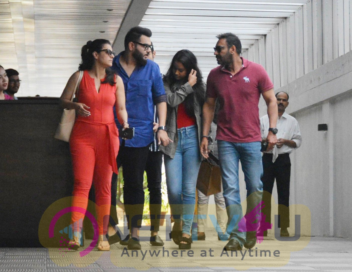 Ajay Devgan Spotted With Family At Hakkasan Bandra Pics Hindi Gallery