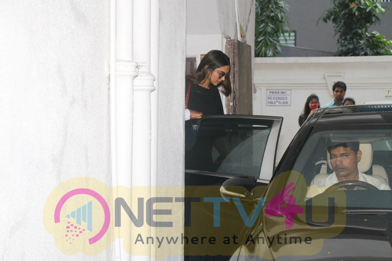 Deepika Padukone Spotted At Kavis Nail Centre Images