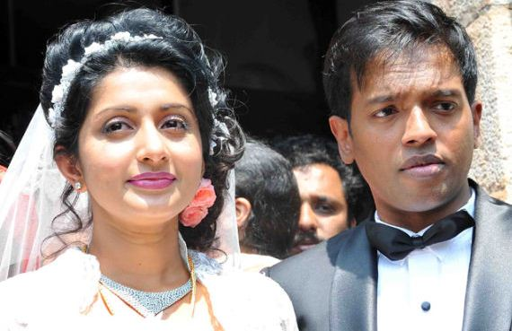 Meera Jasmine To Divorce Anil John?