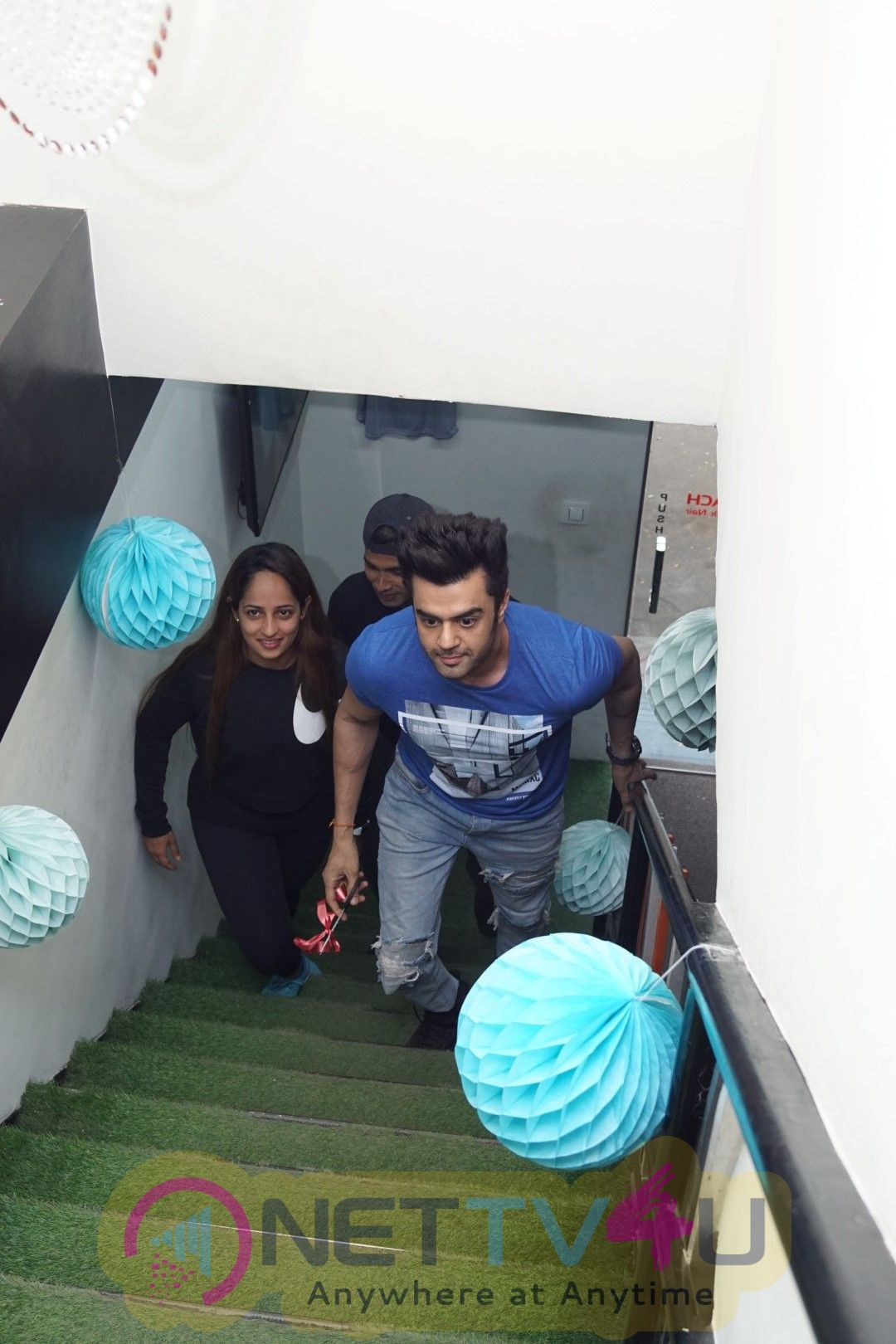 Bollywood: Manish Paul At Inauguration Of Pilates Studio