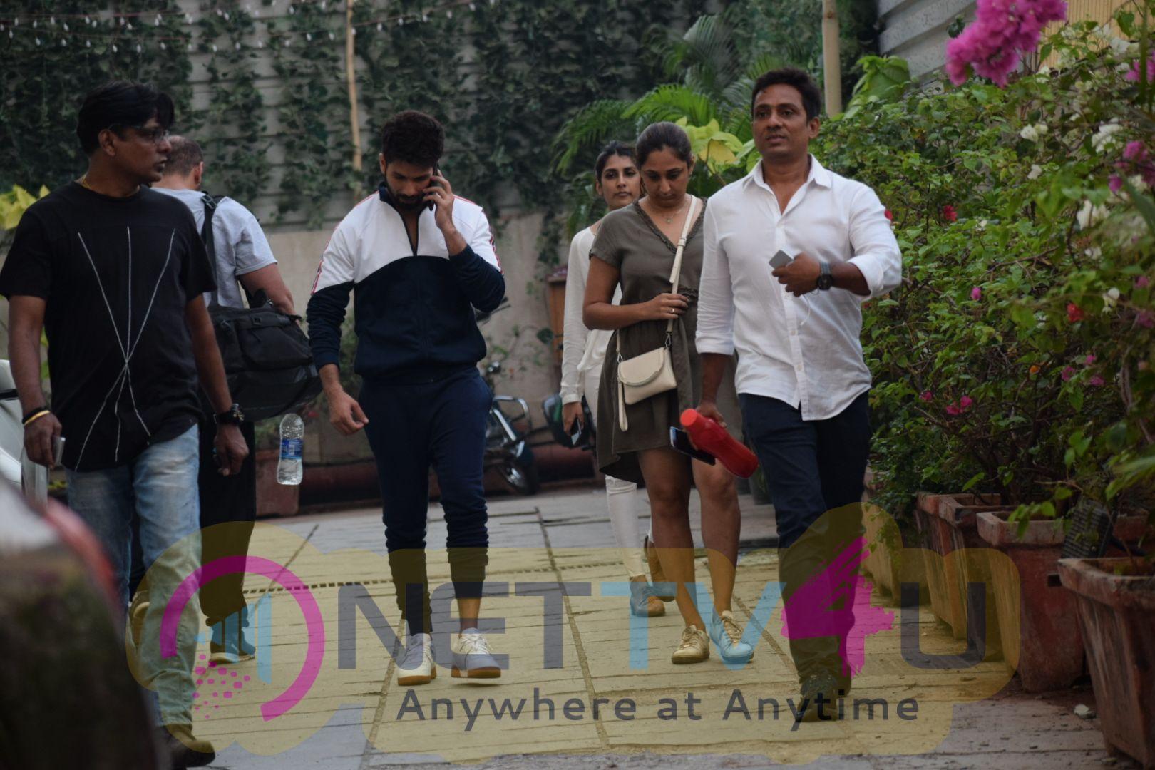 Shahid Kapoor Spotted At Sucasa Bandra For Shoot Hindi Gallery