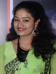 Swathija Tamil Actress