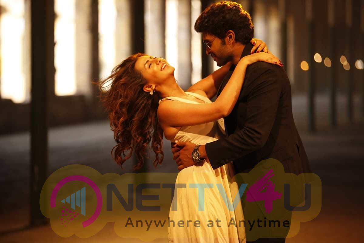 Neruppu Da Tamil Movie Attractive Stills