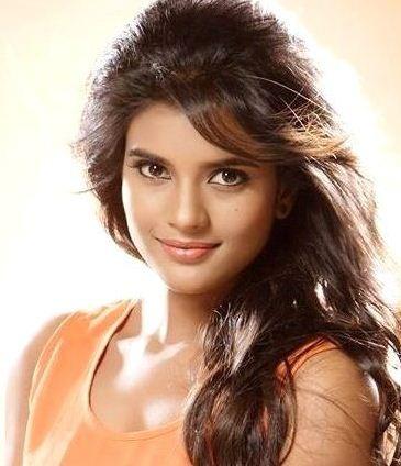 Kaaka Muttai Actress In A Biggie Movie!