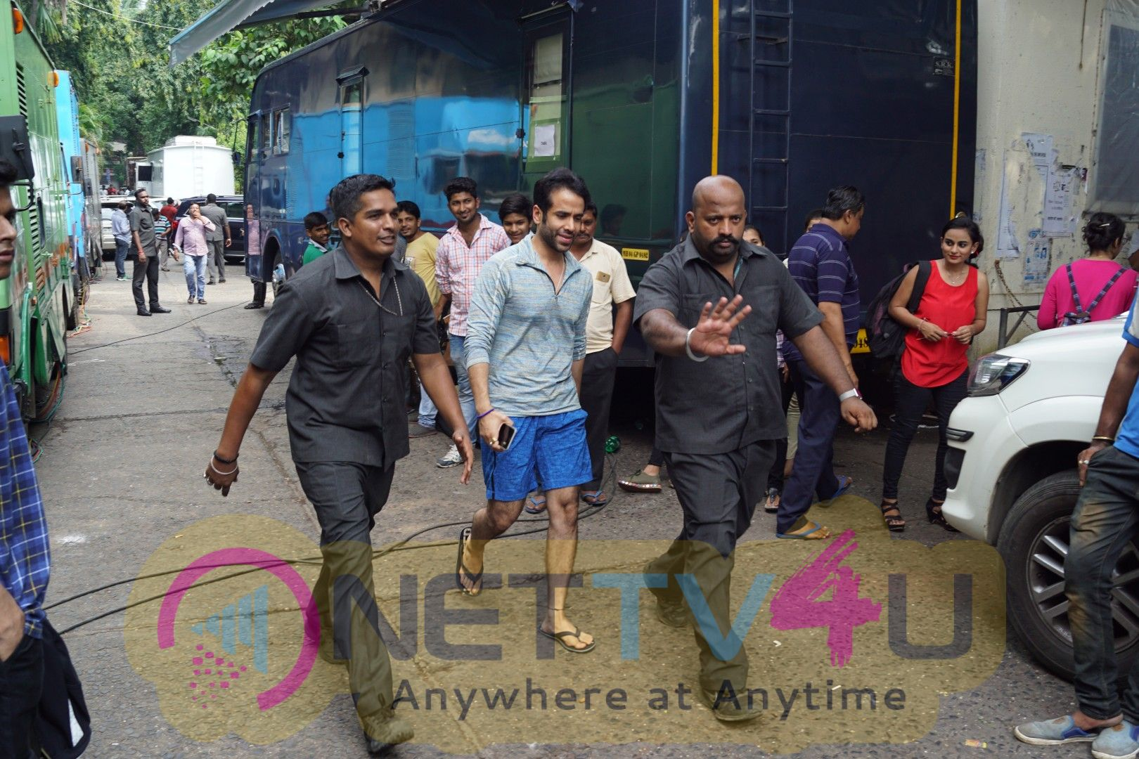 Golmaal Again Team Visit On Set Of Drama Company & Promote Their Film Photos Hindi Gallery