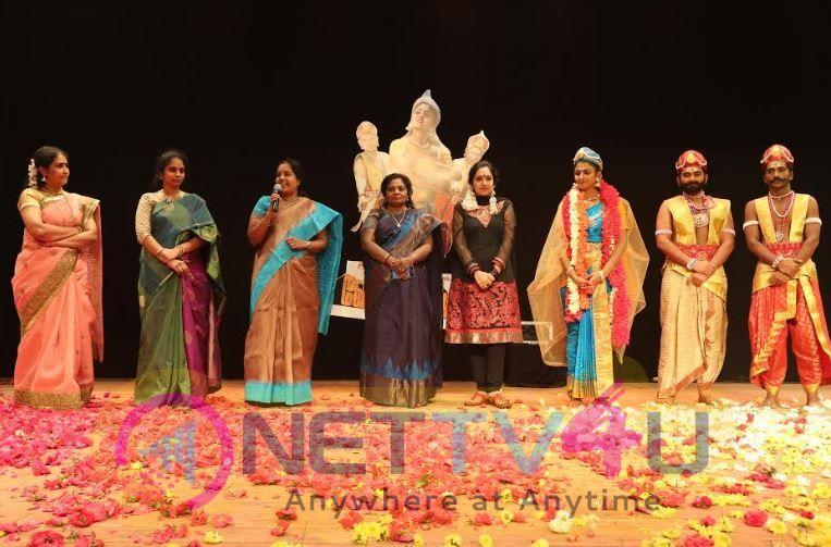 Velammal Bodhi Campus Organizing A Patriotic Dance Drama Images
