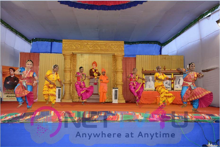 Vivekananda Navaratri Day 5 Peaceful Photos