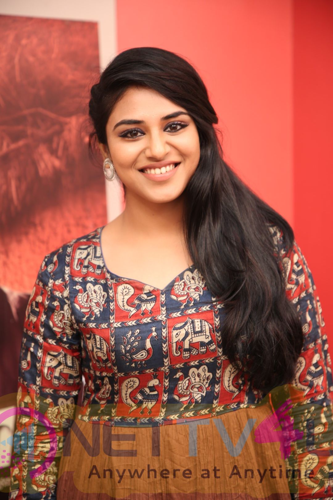 Actress Indhuja Exclusive Interview Pics Tamil Gallery