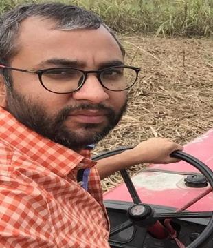 Writer Vikas Sharma