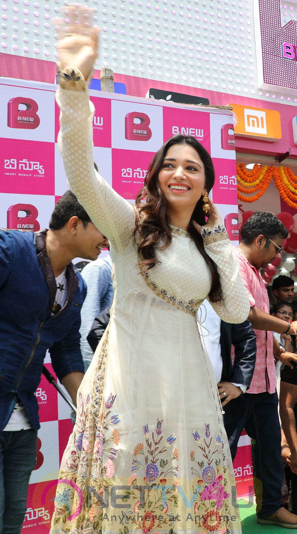 Actress Tamanna Launch B New Mobile Store At Srikakulam  Pics