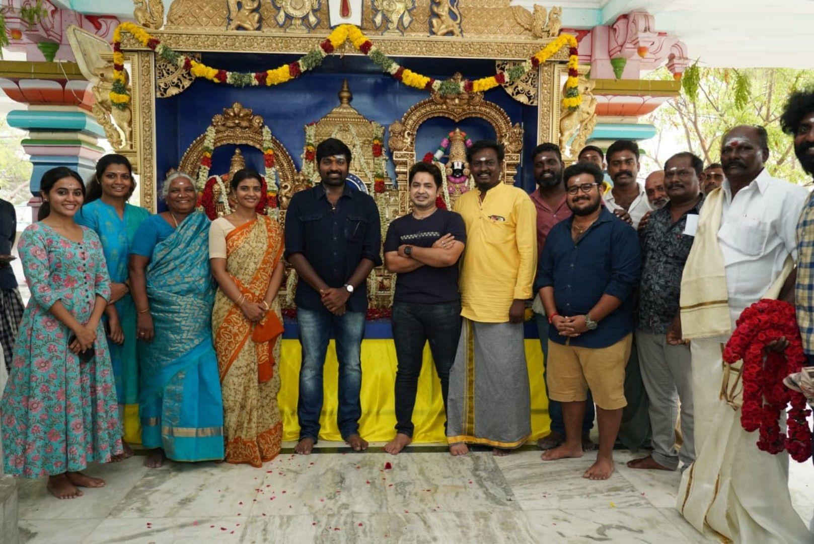 Ka Pae Ranasingam Movie Pooja Photos Tamil Gallery