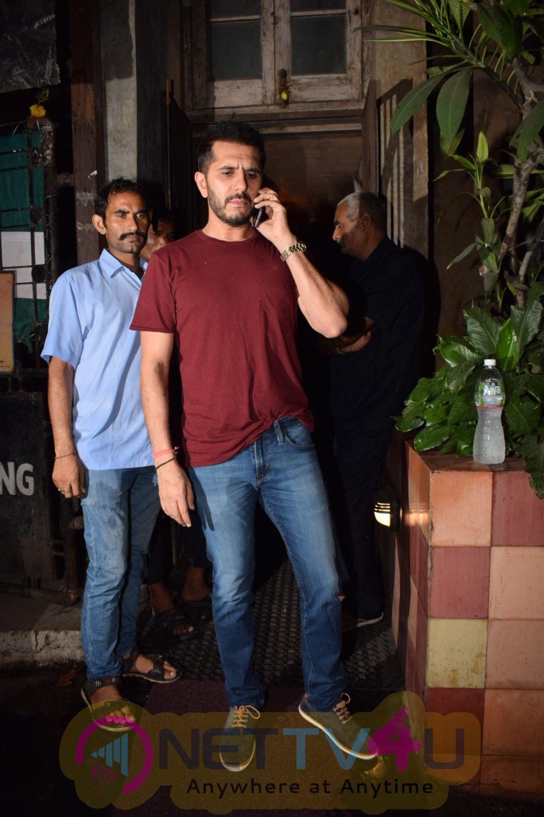 Actor Ritesh Sidhwani Spotted At Airport Images Hindi Gallery