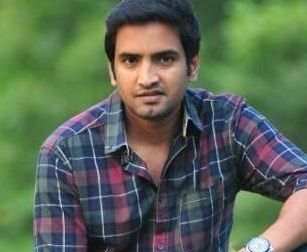 Actor Santhanam Absconded?