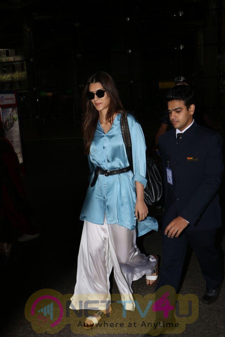 Actrerss Kriti Sanon Spotted At International Airport Stills Hindi Gallery