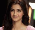 Sonam Kapoor Trains In Tabla For Upcoming Flick Padman Hindi News