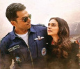 Kaatru Veliyidai Collects Rs. 42 Lakhs In The Premiere! Tamil News