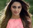 Kiara Advani Wants To Date Dhoni! Tamil News