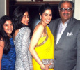 Sridevi Shocked On Seeing Jhanvi's Mobile Pho..