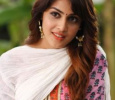 Genelia Turns PRO For Riteish!