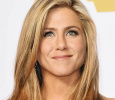 Memes On Jennifer Aniston Crowds Twitter! English News