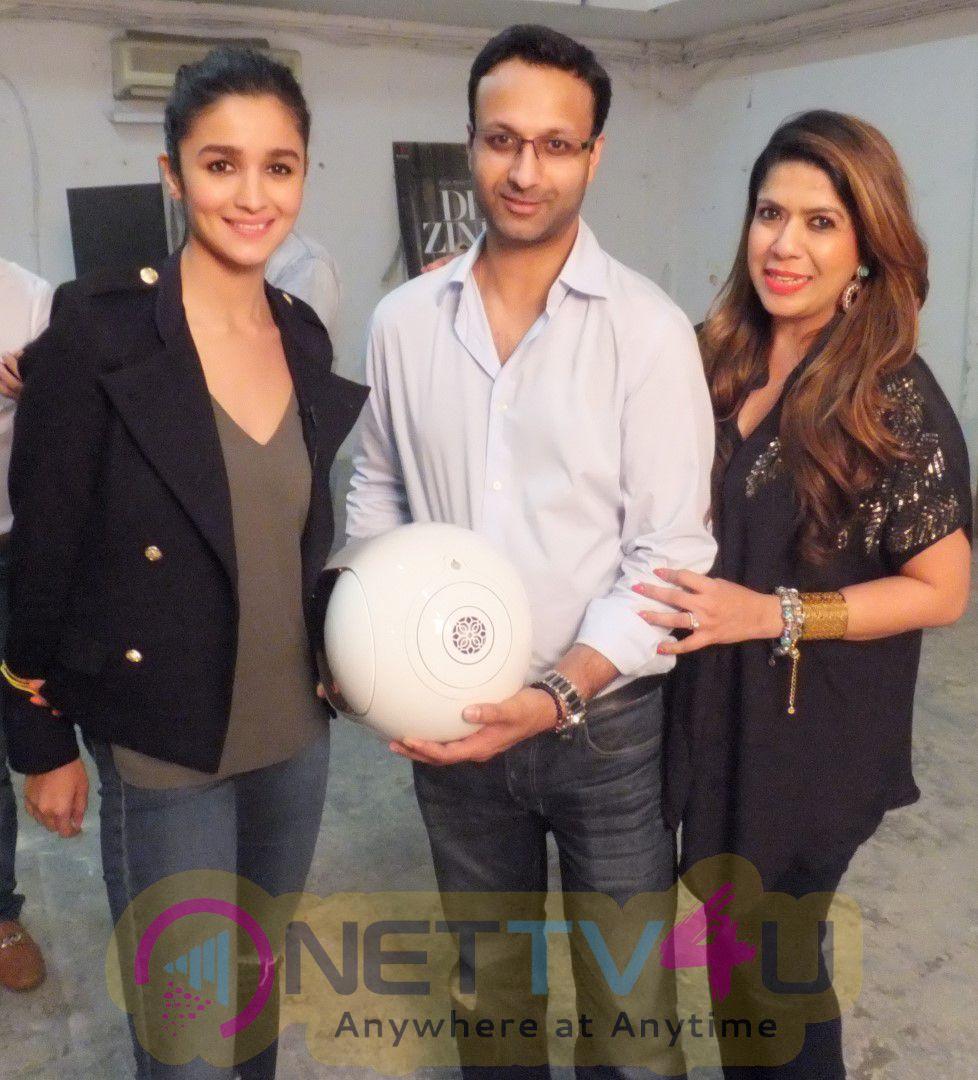 Shah Rukh Khan, Ranbir Kapoor, Alia Bhatt Enhance Their Homes With The New & Advanced Gold Phantom Speaker