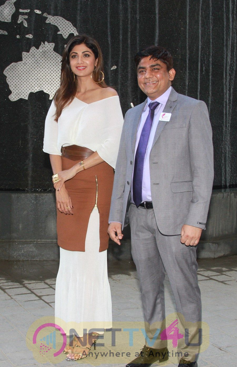 Shilpa Shetty Inaugurates The New Office Of KYC Event At Kanakia Wall Street In Mumbai Pics Hindi Gallery