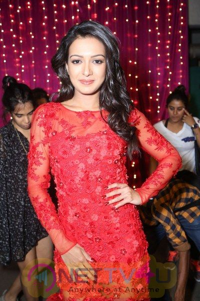 Catherine Tresa Sizzling in New red Outfit