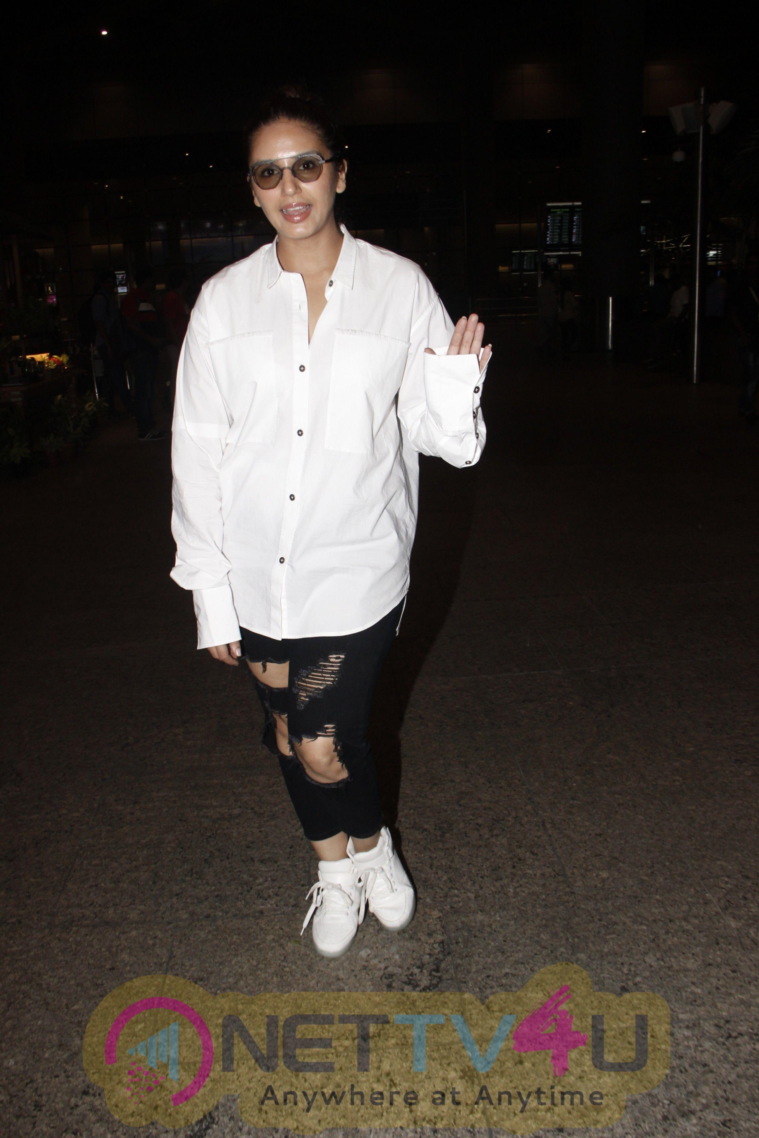 Actress Huma Qureshi Spotted At Airport Stills Hindi Gallery