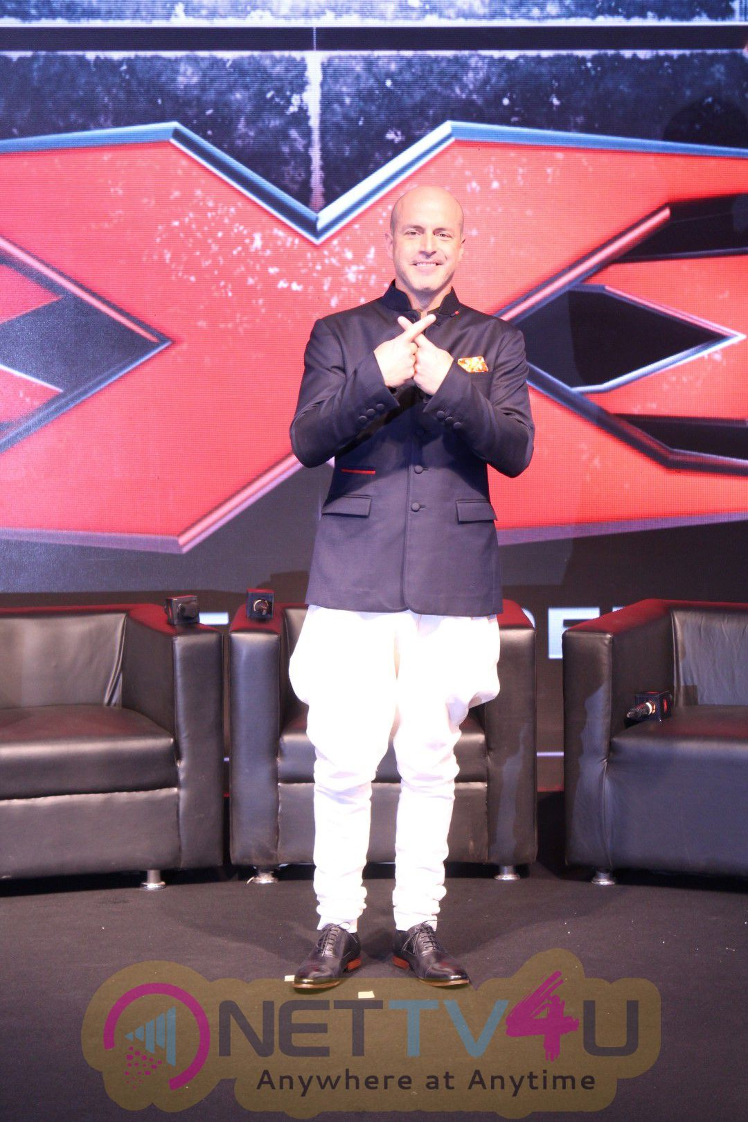 Deepika Padukone & Vin Diesel At Pc Of Film XXX Photos