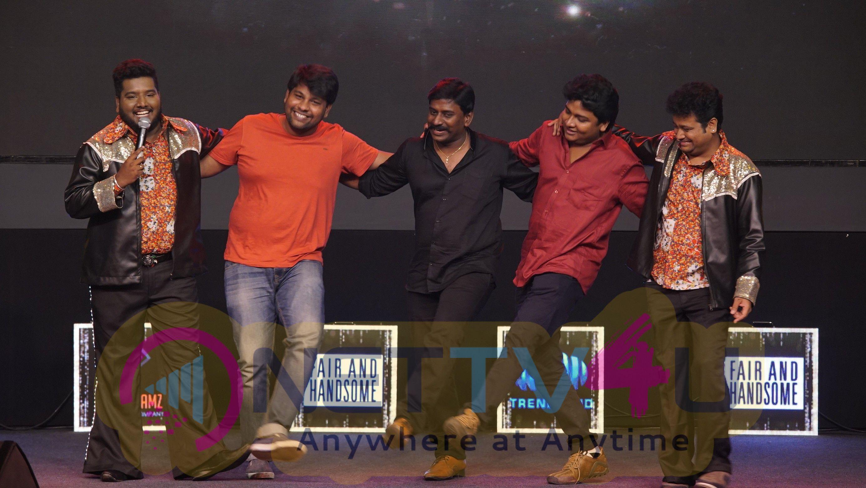 Trendloud & Shivdreamz Desi Awards 2017 Stills