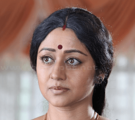 Vinaya Prasad Turns Director
