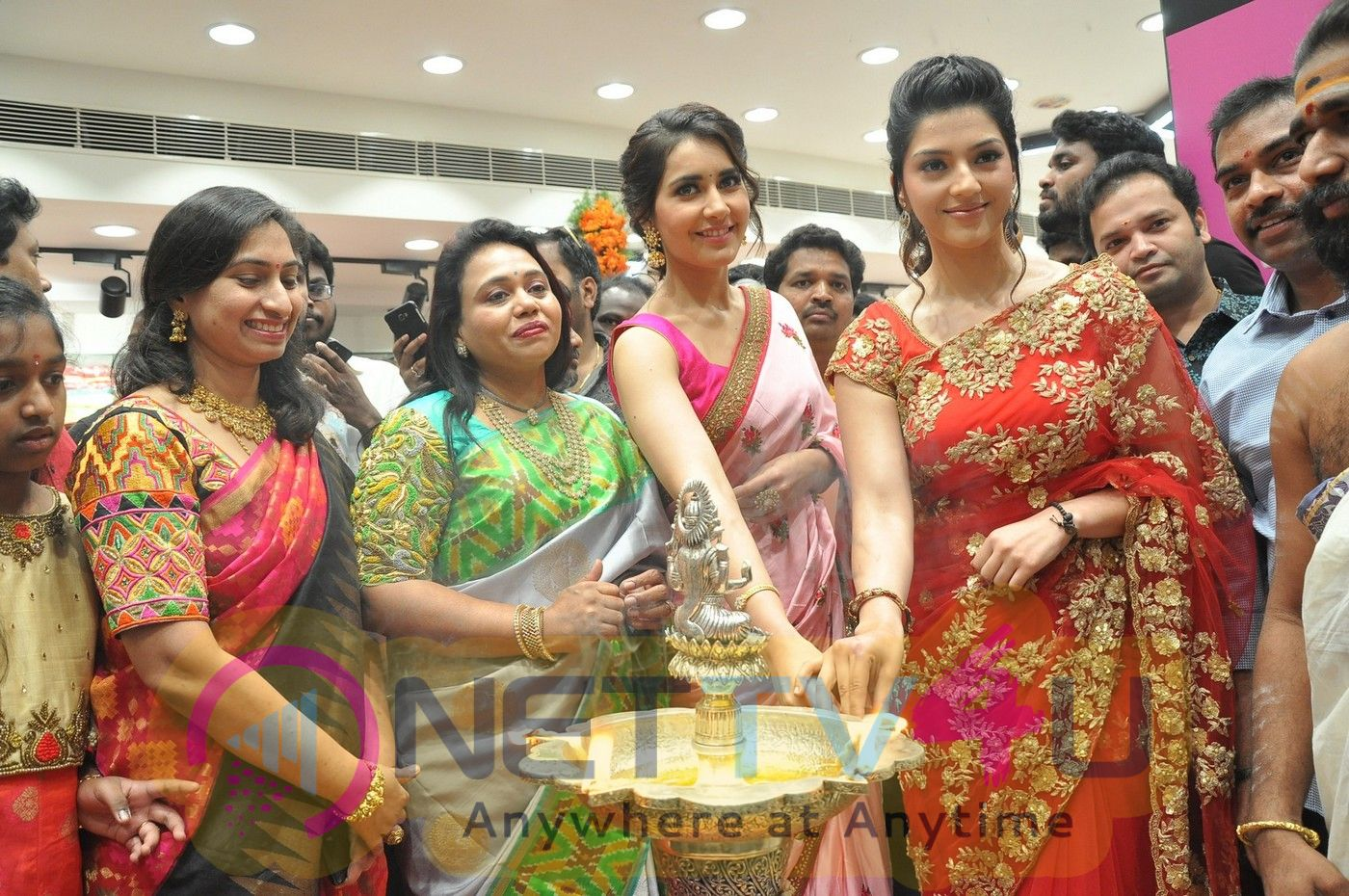 Actress Raashi Khanna & Mehrene Kaur Pirzada Launches KLM Fashion Mall At Nellore Stills
