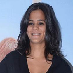 Srishti Shrivastava Hindi Actress