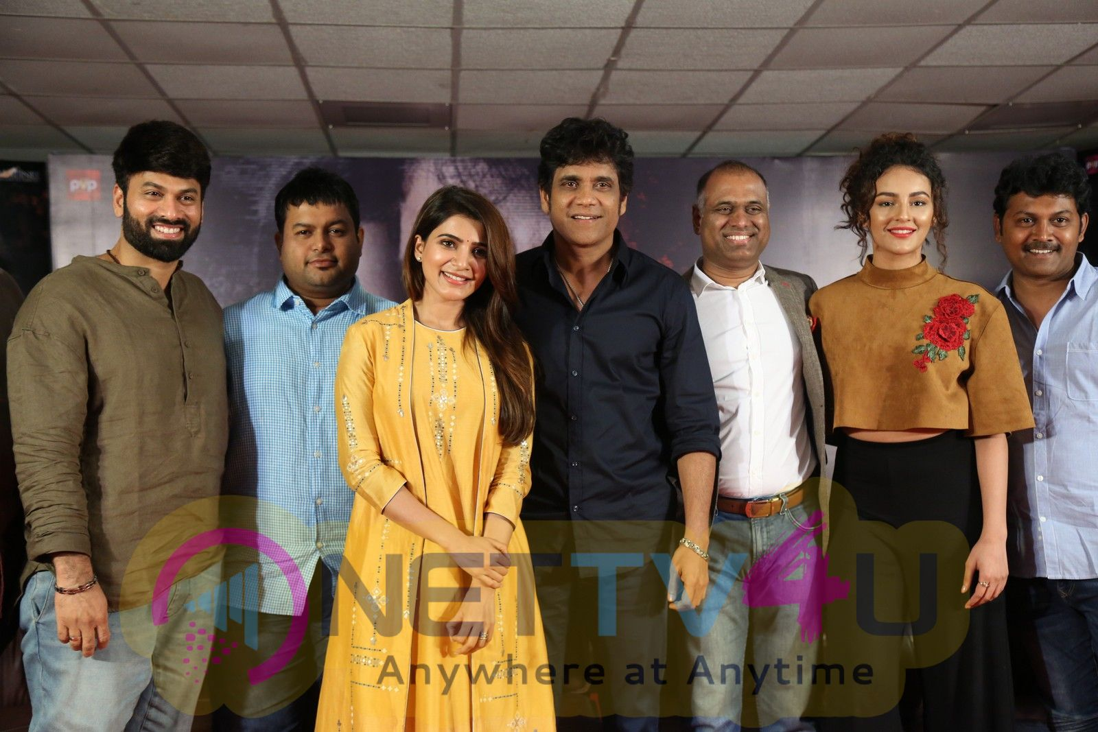 Raju Gari Gadhi 2 Press Meet Attractive Photos Telugu Gallery