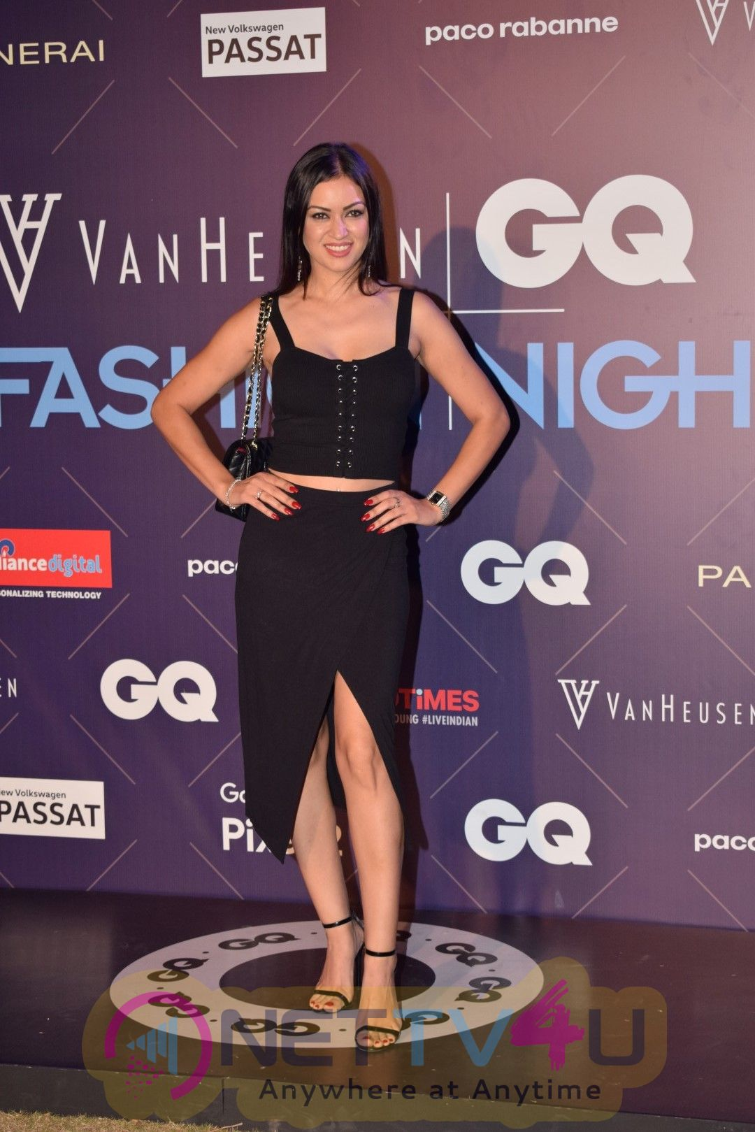 Deepika Padukone At GQ Fashion Nights Images Hindi Gallery