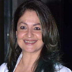 Pooja Bhatt Hindi Actress