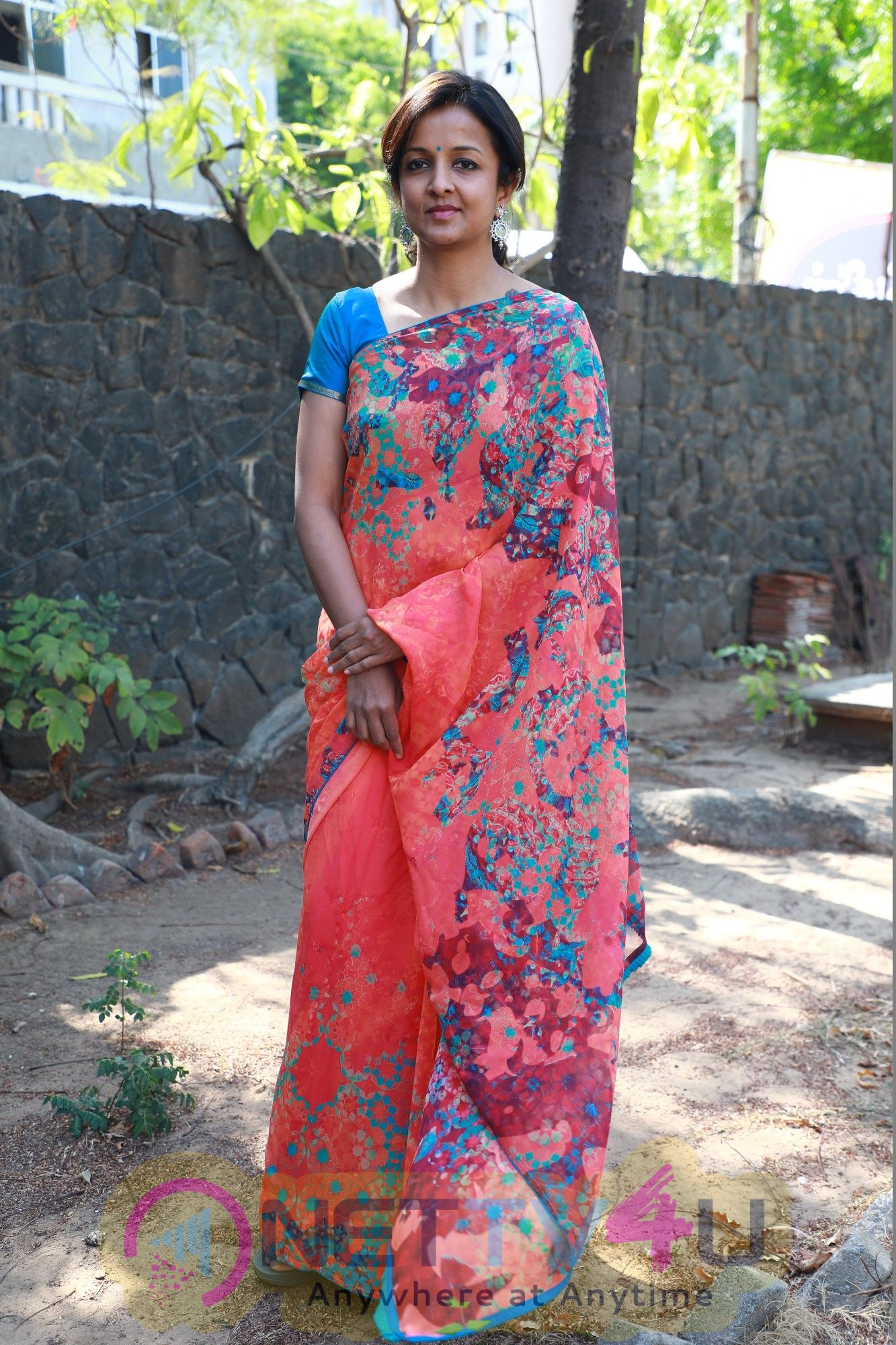 Director Kiruthiga Udhayanidhi Good Looking Photos  Tamil Gallery