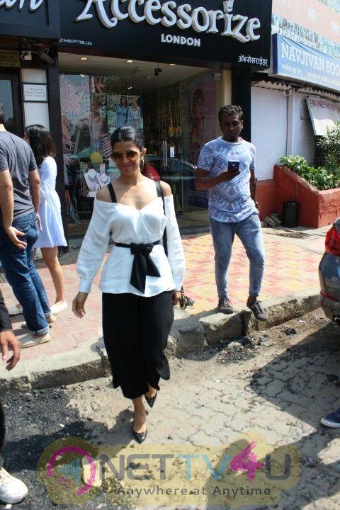 Nimrat Kaur Came To PVR  Hindi Gallery