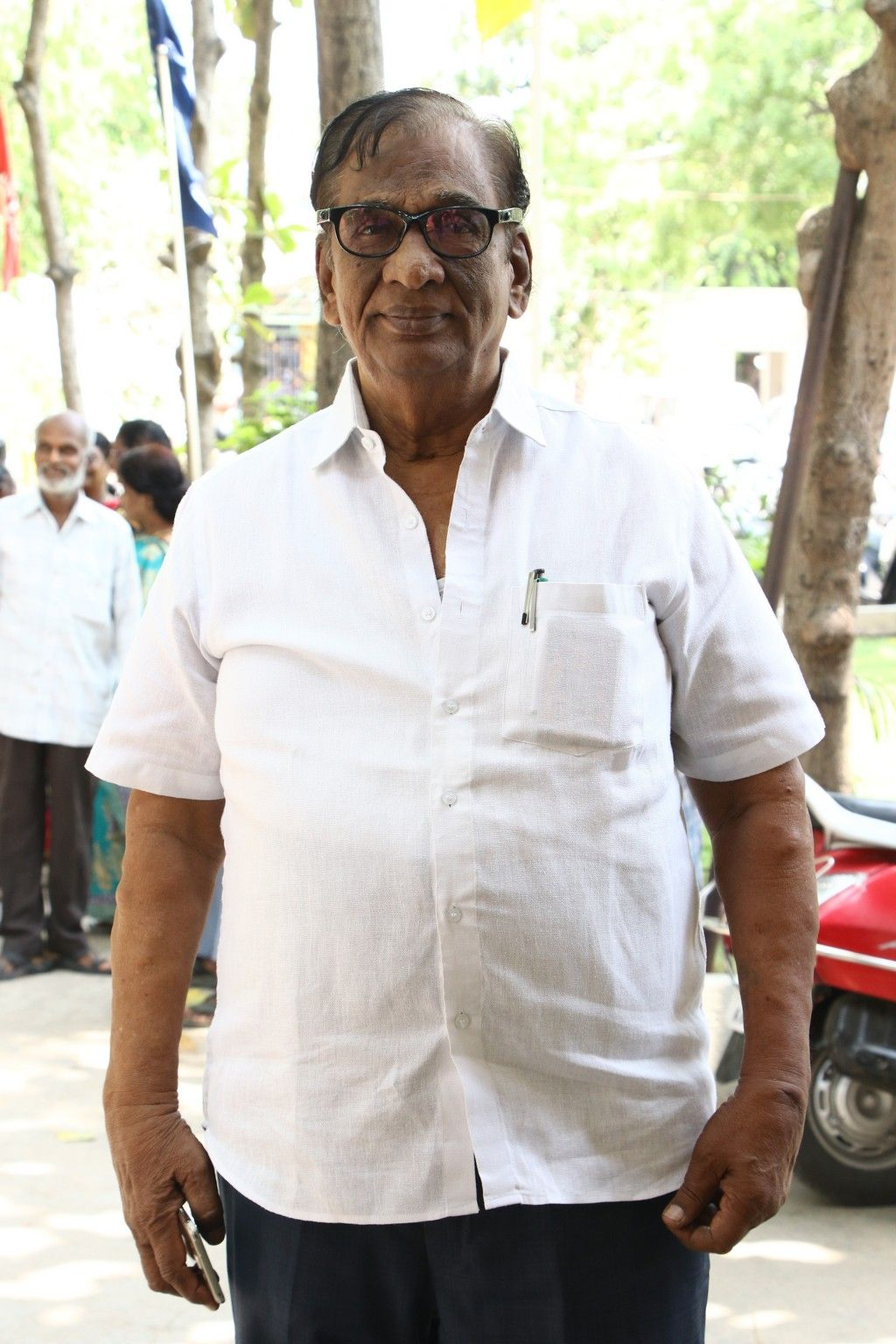 Celebrities At 33rd Anniversary Of Late Dr.Isari Velan Event Stills Tamil Gallery
