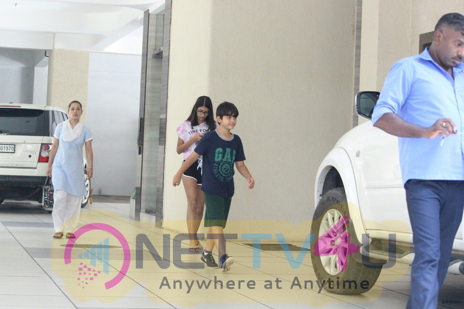 Karishma Kapoor's Daughter Samiera And Son At Thier Grand Mother's House In Bandra Images