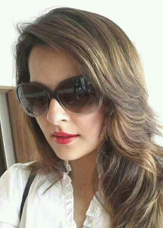 Actress Roma Asrani Cute Images Kannada Gallery